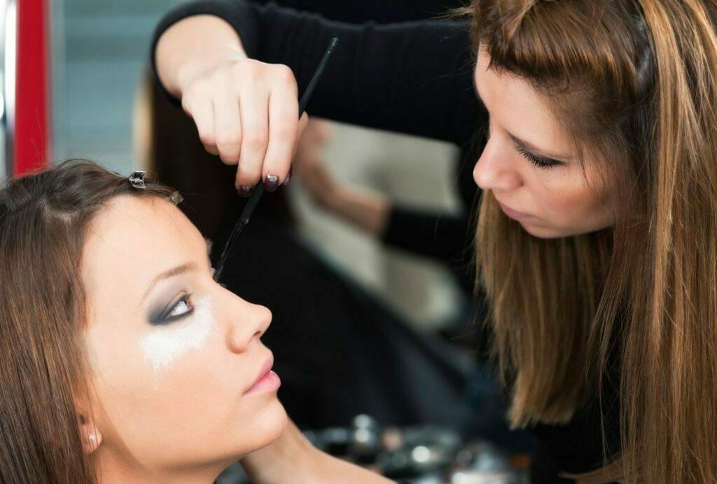 Curso de maquillaje profesional en Barcelona
